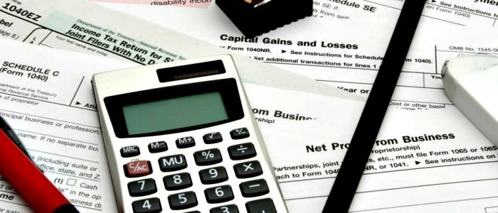 The Benefits of Hiring a Tax Preparation Specialist or Accounting Firm to File Your Tax Return